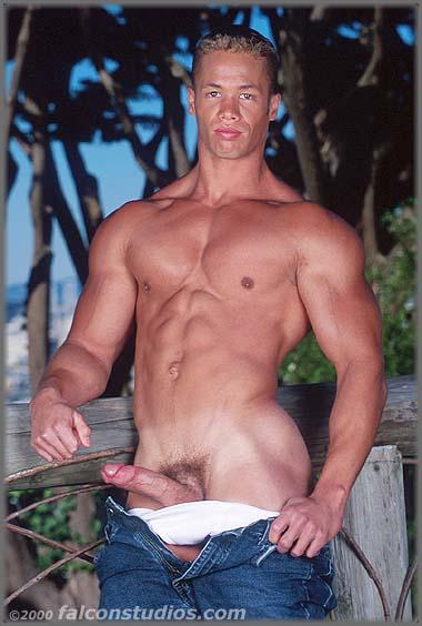 Nude hairy turkish daddy