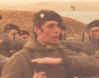 Teniente Primero I (Post-Mortem) ROBERTO NESTOR ESTEVEZ (24/02/1957 - 28/05/198).