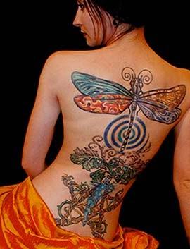 Tatuagem libelula - Mulheres tatuadas
