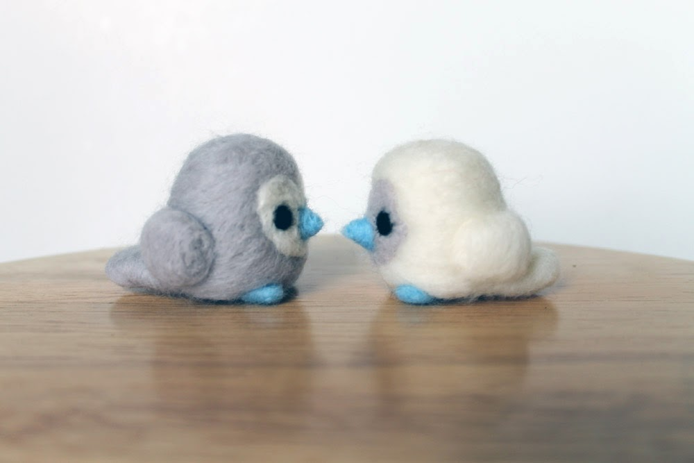 https://www.etsy.com/listing/174992966/needle-felted-lovebirds-white-and-gray?ref=shop_home_feat