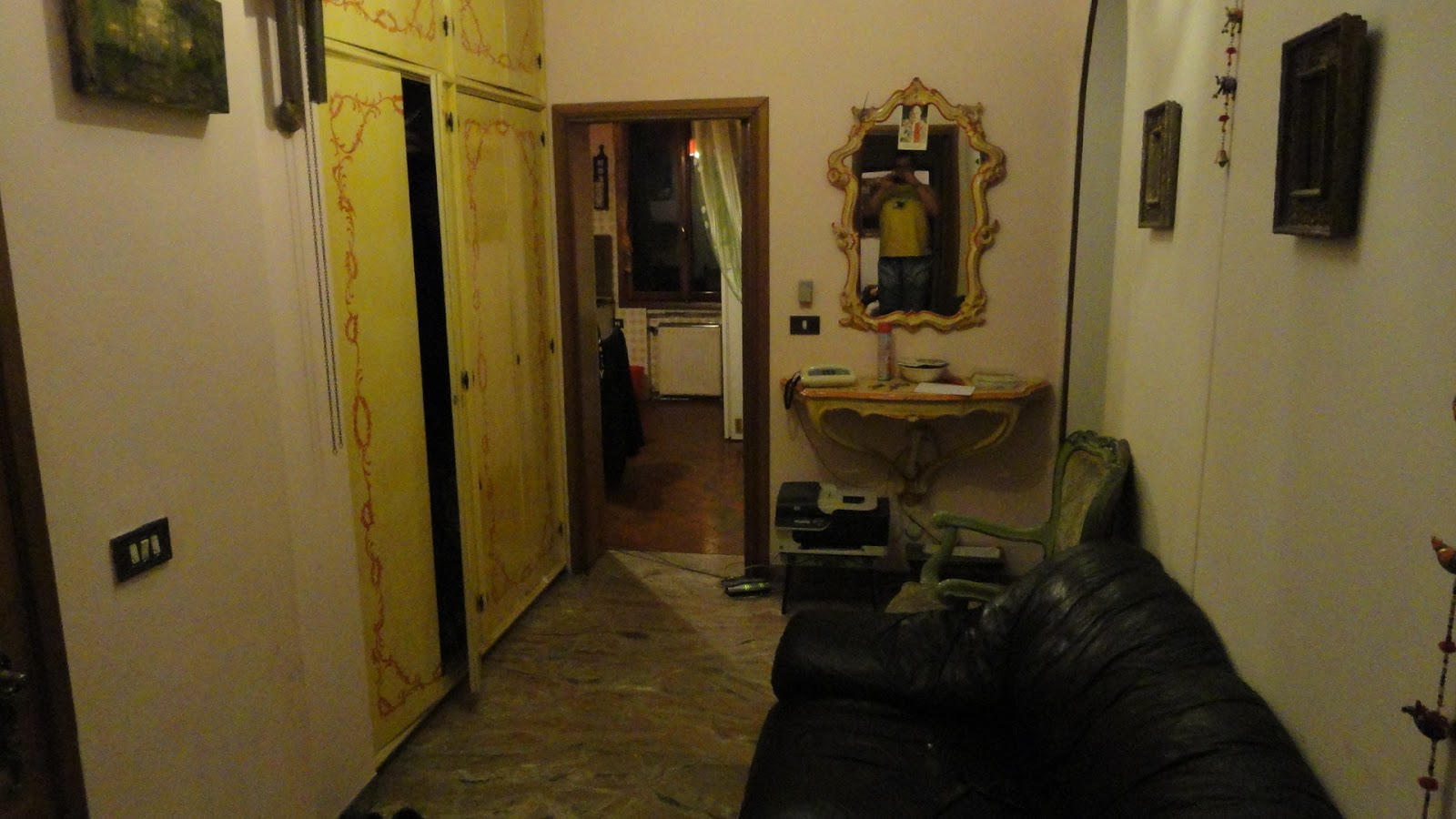 The foyer which didn't look bad. Lori walked into the bedrooms and