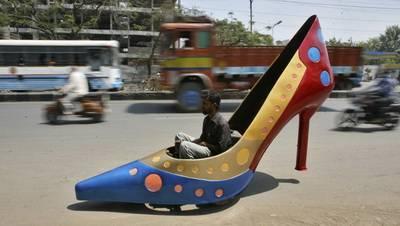 mobil sepatu dari India