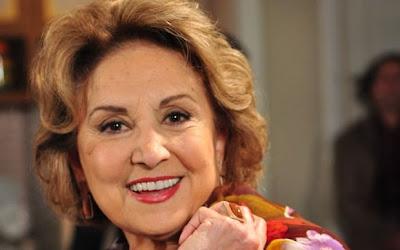 Eva Wilma como Tia Íris em Fina Estampa (Foto: Divulgação/TV Globo)