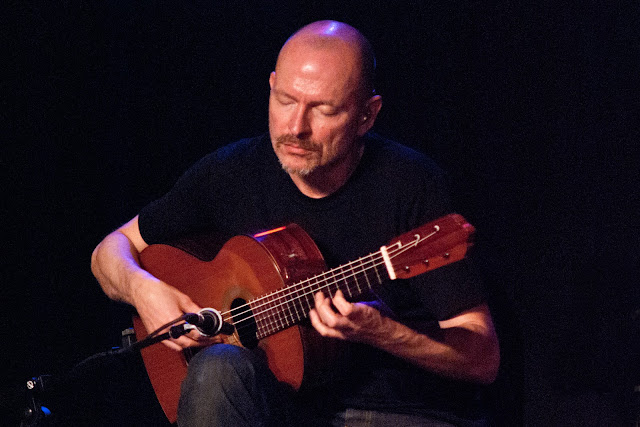 A five-time Grammy Award nominee Ottmar Liebert