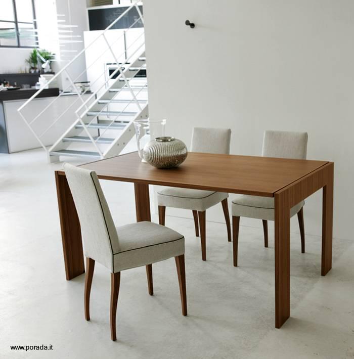 Arquitectura de casas mesa de madera plegable y espejo de for Mesas salon plegables diseno