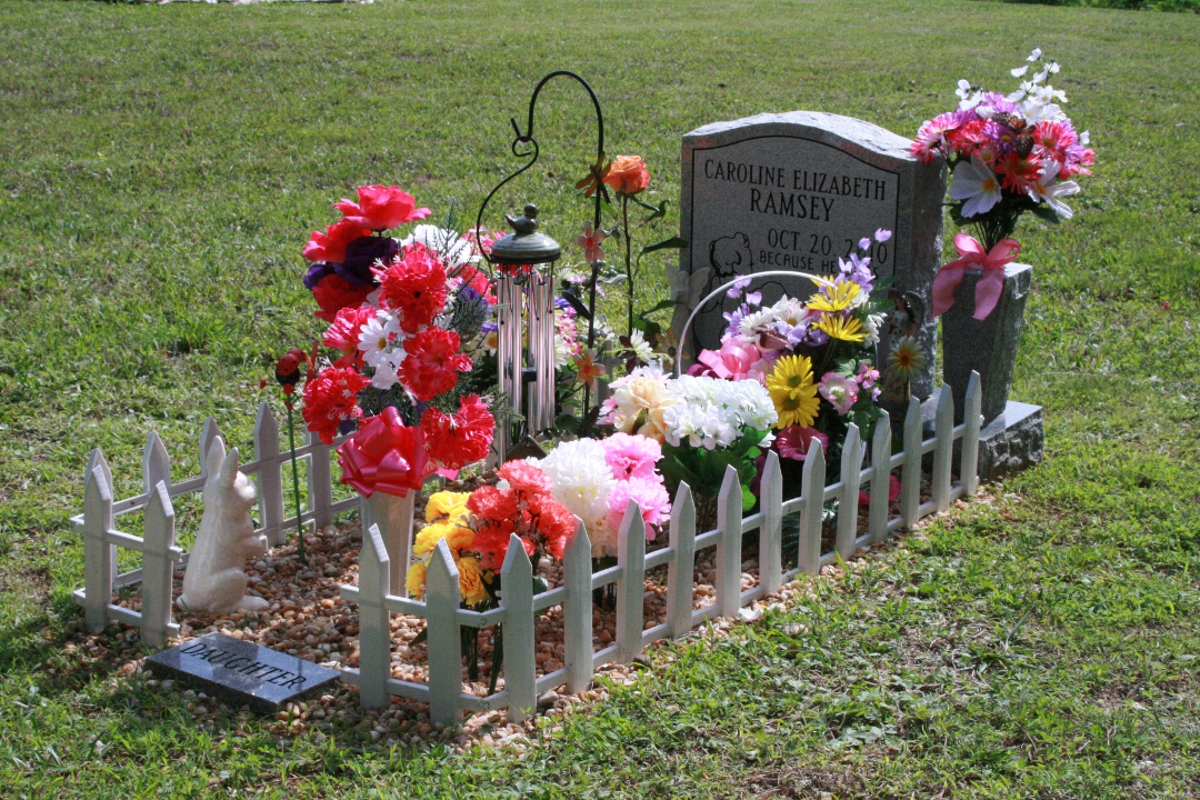 Baby grave decorations best baby decoration for Grave decorations ideas