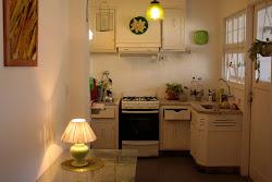 La cocina , de noche