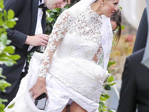 Nicky Hilton paga de calcinha no dia do casamento