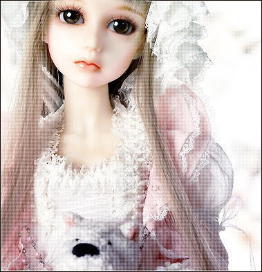 Cute Sad Doll Wallpapers Images & Pictures - Becuo