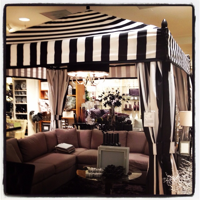 And my furniture is black wicker! & vignette design: My Tent Obsession