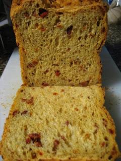 Pão com chouriço na MFP, máquina de fazer pão