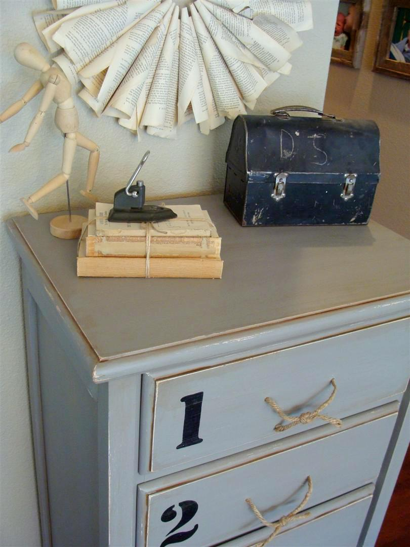diddle dumpling before and after tall dresser and side table. Black Bedroom Furniture Sets. Home Design Ideas