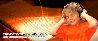 OUVINDO A BIBLIA