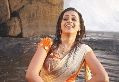 Bhavana latest  saree pics