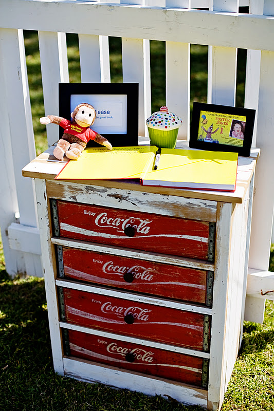 Kara 39 s party ideas curious george 1st birthday party for Painted crate ideas