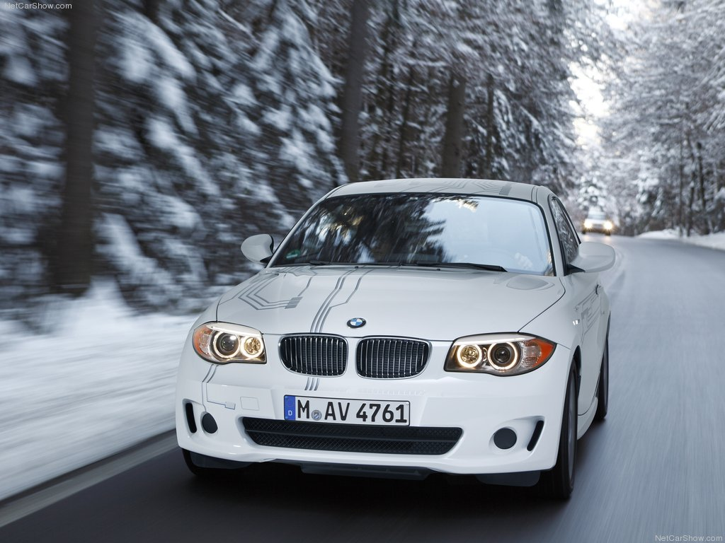 http://1.bp.blogspot.com/-ixhhH6IiWbw/TVViilffVTI/AAAAAAAADj0/Jet2BJ8yM64/s1600/BMW-ActiveE_Concept_2011_1024x768_wallpaper_02.jpg