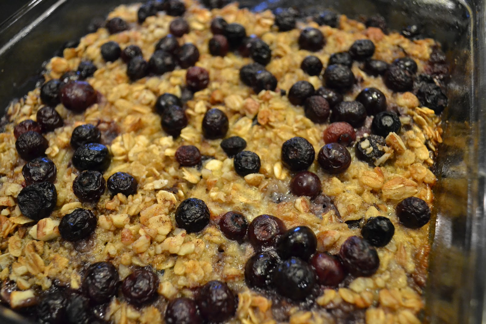 Southern Accents: Baked Blueberry & Banana Oatmeal (Vegan)