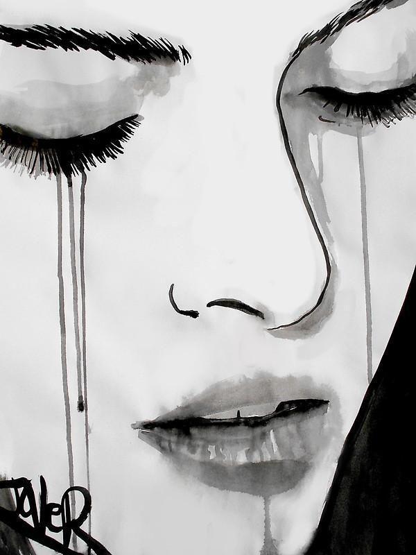 Mujer llorando retrato blanco y negro