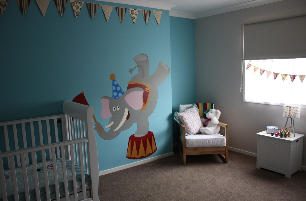 Extraordinary guest circus themed nursery the 36th avenue for Circus themed bedroom ideas