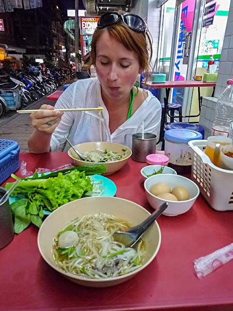 Zupa Tajska - Gaeng jeut look chin