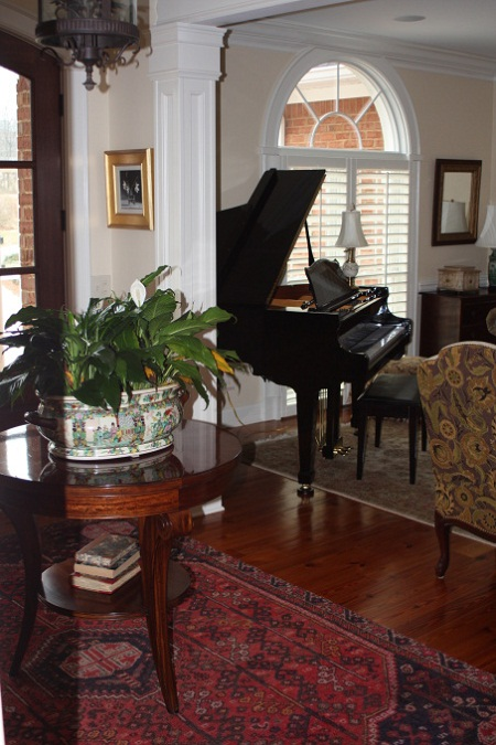 Formal living room ideas with piano living room for Formal living room decorating ideas
