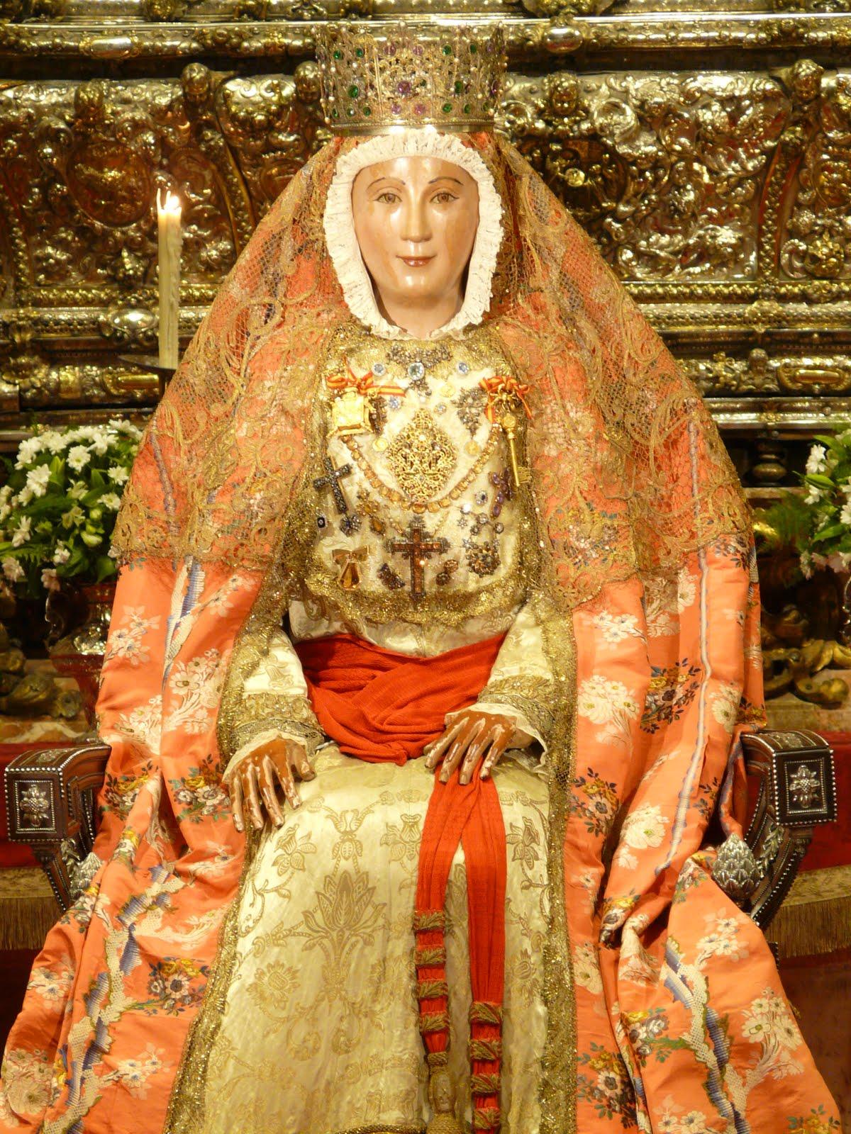 Cultos a la patrona de sevilla ntra sra virgen de los for Mudanzas virgen de los reyes
