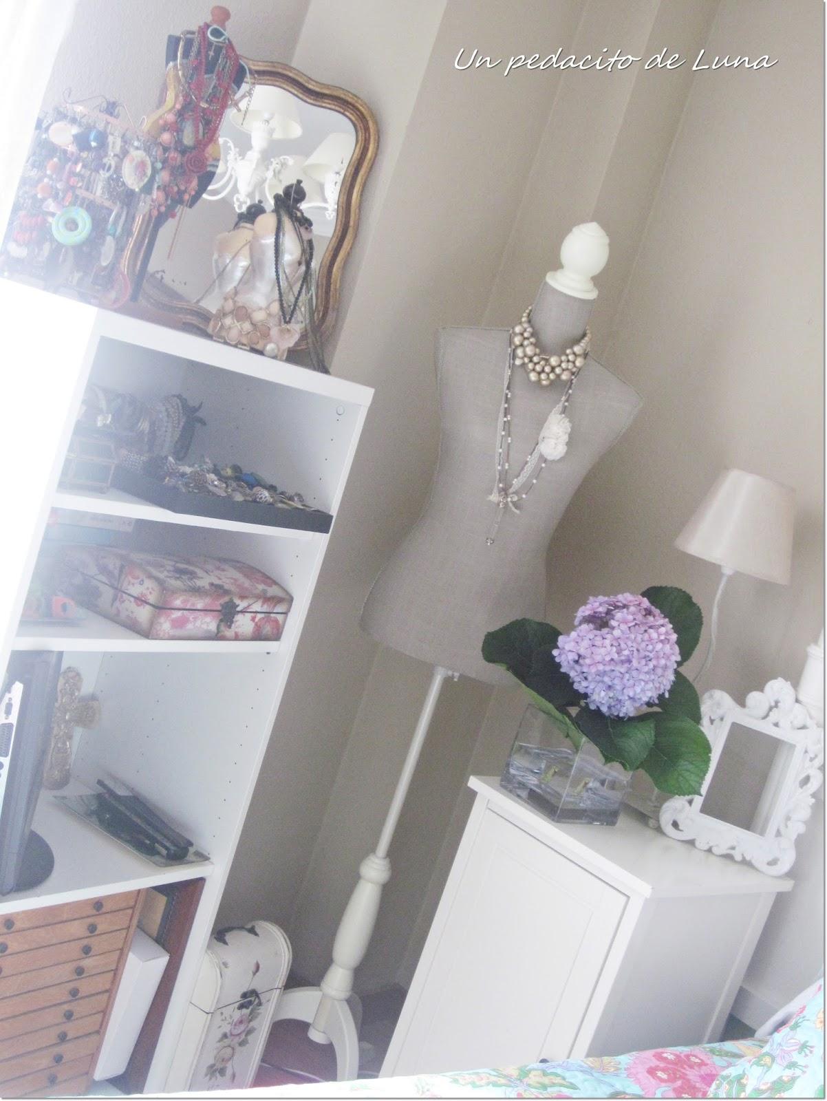 Agosto 2013 trocito de luna at home for Decoracion ropa de cama