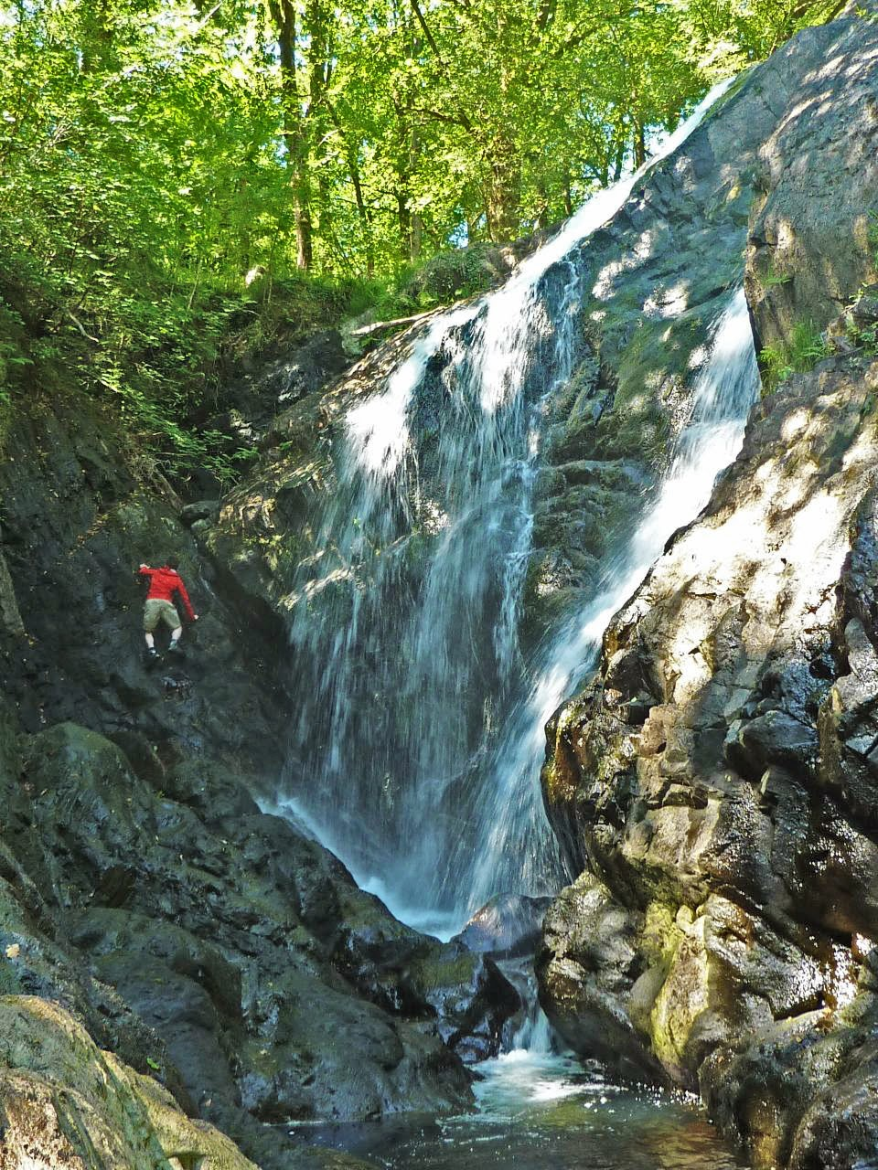 Gorge Scrambling in North