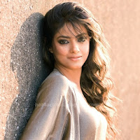 Hot meera chopra hot pics