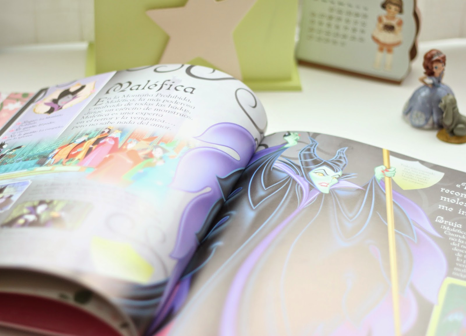 photo-libros-enciclopedia-princesas-disney