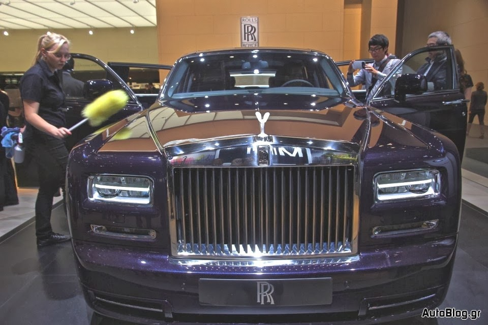 rolls royce wraith spy pictures review. Black Bedroom Furniture Sets. Home Design Ideas