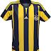Adidas apresenta novas camisas do Fenerbahce