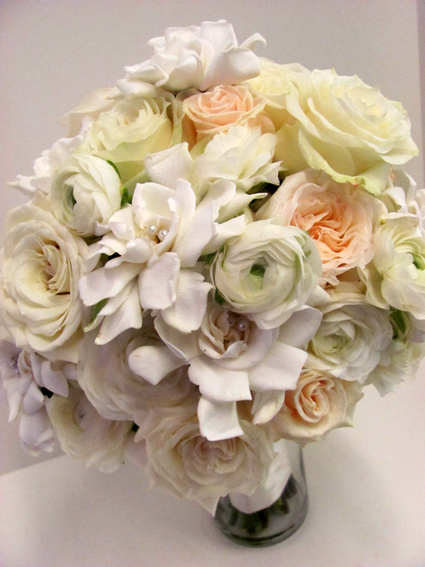 Wedding Flowers In Worcester : Worcester florists sprout cream and pale gold wedding