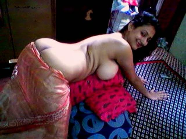 bhabhi huge ass enjoying doggy style nude images