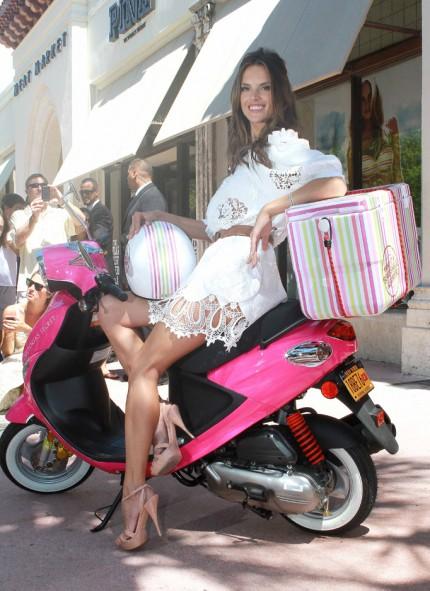 Alessandra Ambrosio in miami