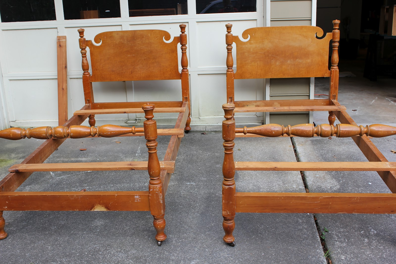 Mad Mary S Junk Yard Sold Found These Vintage Maple Twin