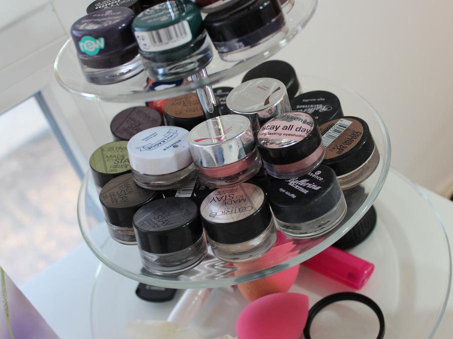 neuer schminktisch und -aufbewahrung - einfach ina, Badezimmer