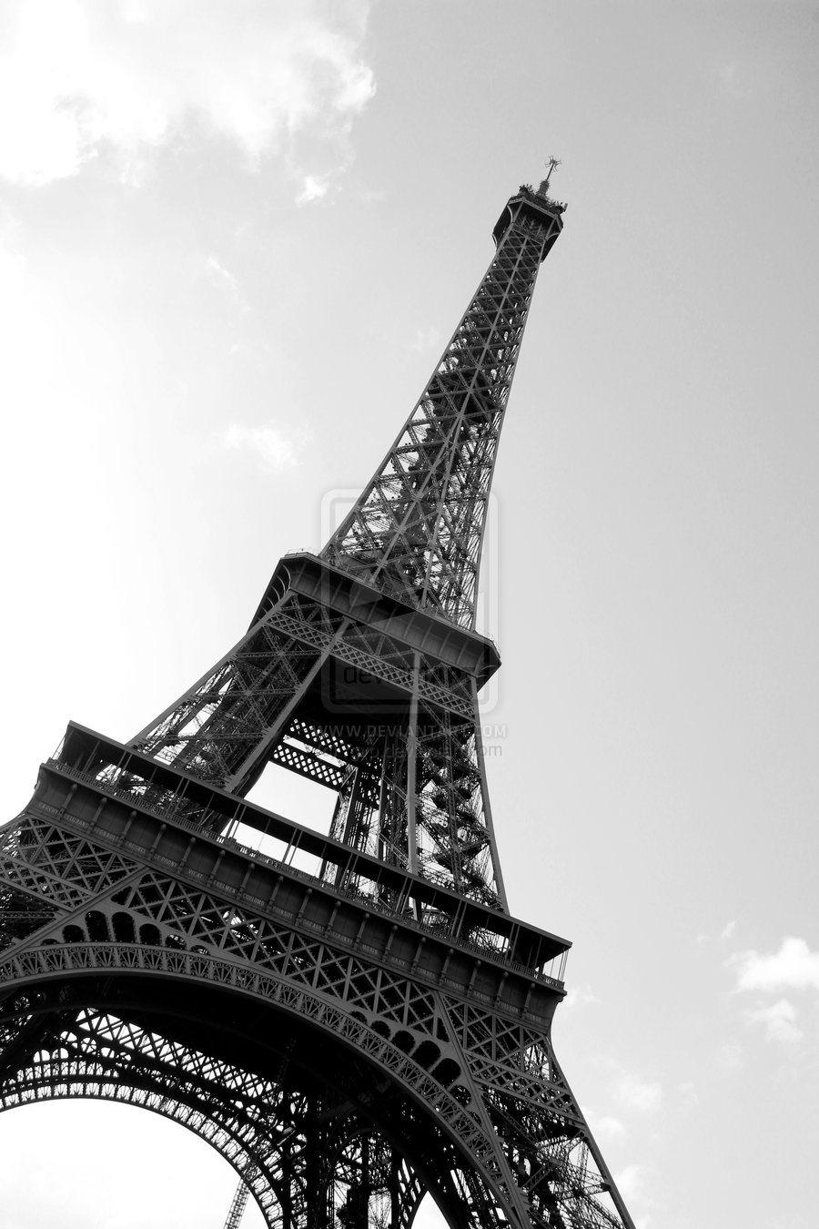 Paris eiffel tower black and white free download wallpaper for Eiffel tower wall mural black and white