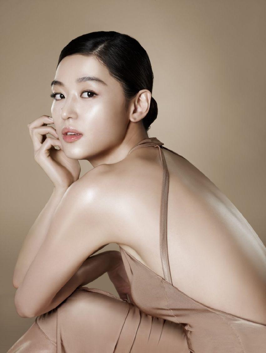 Jun Ji Hyun Bikini Pics | Celebrity Hot Wallpapers And Photos