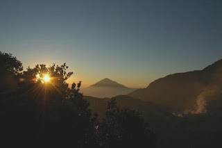 Papandayan Sunrise - Indonesia Mountain