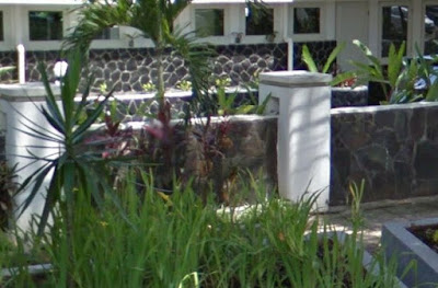 pagar tembok minimalis batu alam