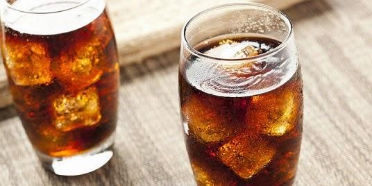 Soda dan Jus Buah Sama Bahayanya Dengan Merokok