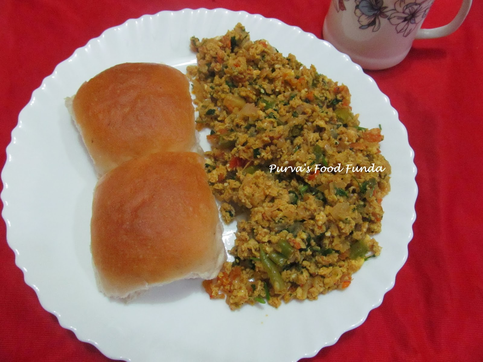 Food Funda: Bhurji - Pav (Mumbai Style Spicy Scrambled Egg)