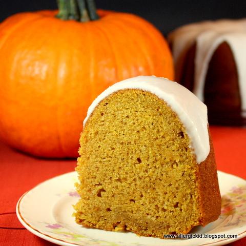 The Allergic Kid: Pumpkin Bundt Cake