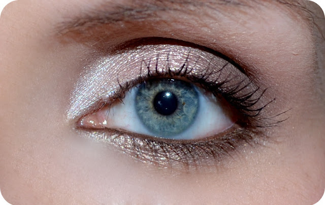 Die neuen Catrice Liquid Metal Eyeshadows im Einsatz