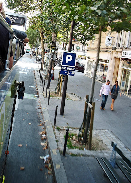 couple walking on Paris street