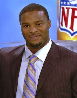 Ositadimma Osi Umenyiora is a Nigerian British born retired NFL American football defensive end