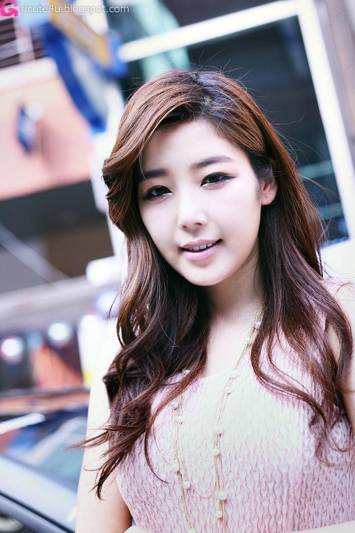 xxx nude girls: Cheon Bo Young Outdoor