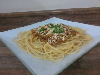 Spaguetti com ragu de carne