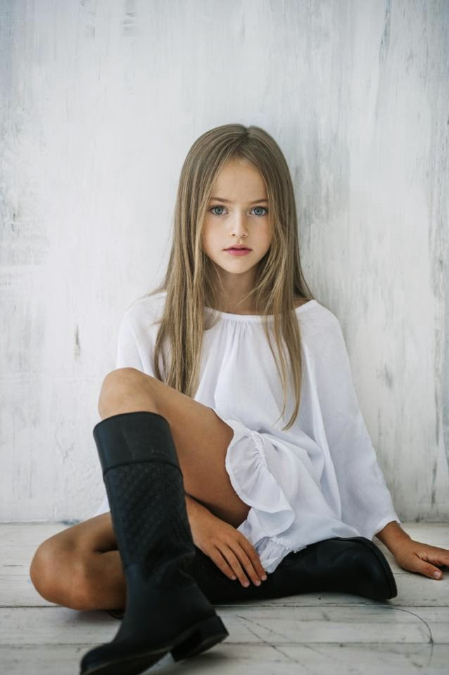 A day in the life of em the most beautiful girl in the world her mother has been working as a model as well and involved her daughter into the glamour world of fashion take a look at some of the kristinas pictures altavistaventures Gallery
